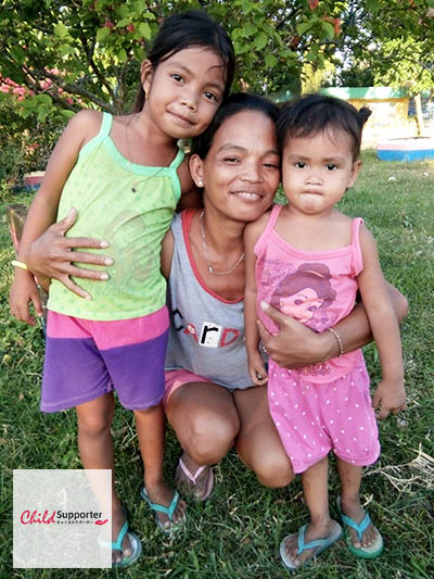 WEB_Jonalyn Francisco CG Volunteer in Sula.jpg